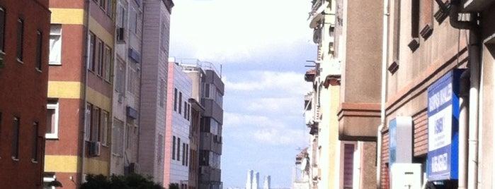 İSMEK is one of Posti che sono piaciuti a Miray.