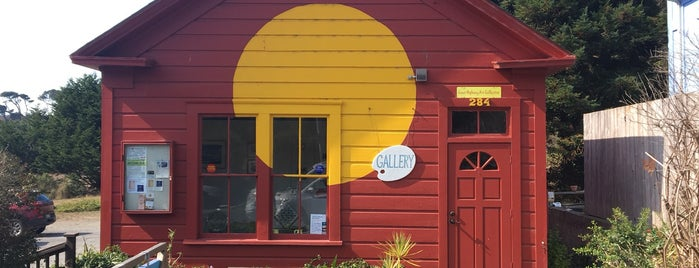 Coast Highway Art Collective is one of Point Arena.