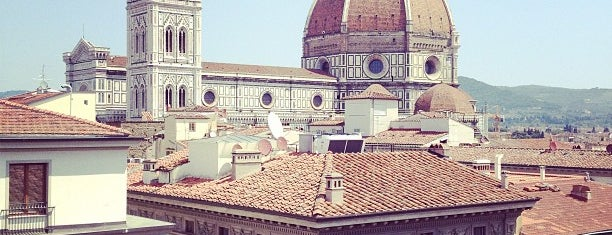 Firenze is one of Tempat yang Disukai Richard.