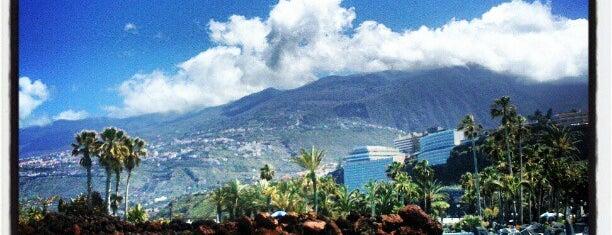 Lago Martiánez is one of Islas Canarias: Tenerife.