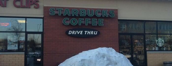 Starbucks is one of Lugares favoritos de Karmen.