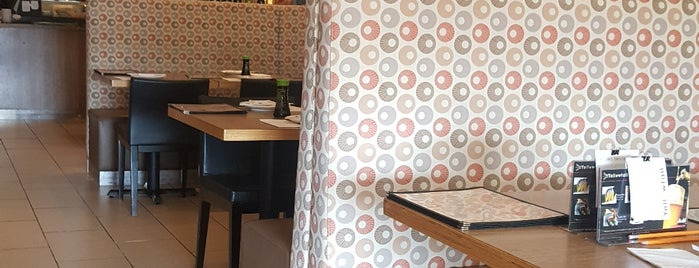Yellowtail Sushi Buffet is one of Tempat yang Disukai DJ.