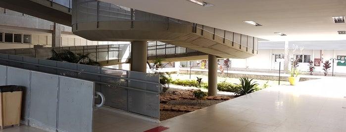 Bloco de Salas de Aula Norte (BSAN) is one of Locais curtidos por I.