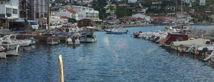 Number One Restaurant is one of İzmir Damak Tadı & Chill.