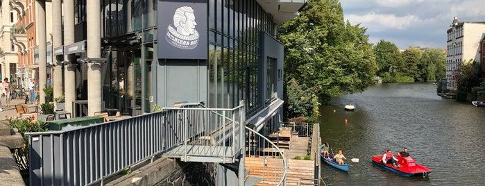 Ratsherrn Bar is one of Ausgehen in Hamburg.