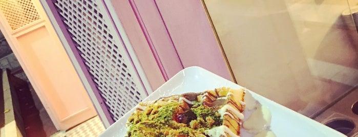 Miss CaCa  Belgian Waffles is one of Asli 님이 좋아한 장소.