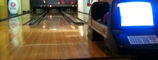 Strike Bowling Club is one of Szorakozas.