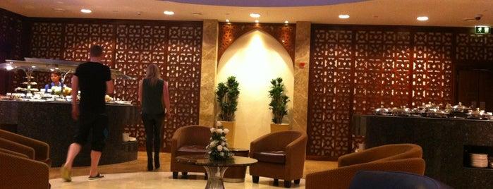 Al Dhabi Lounge is one of Posti che sono piaciuti a Dr. Gumbo.