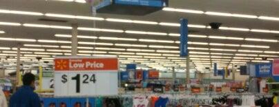 Walmart is one of Lieux qui ont plu à Melissa.