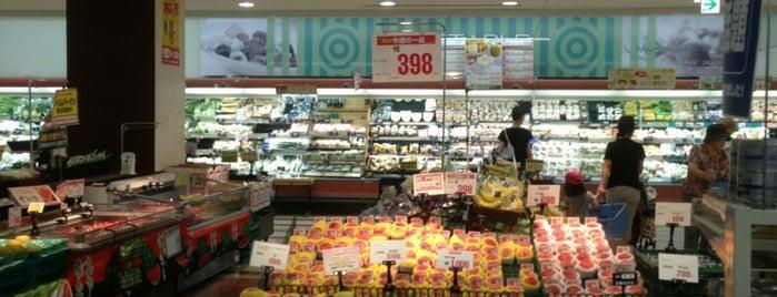 Daiei is one of สถานที่ที่ Tomato ถูกใจ.