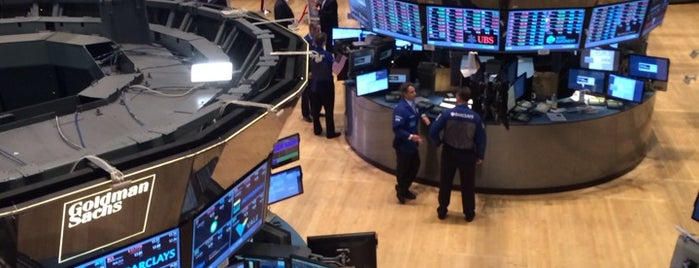 New York Stock Exchange is one of Tempat yang Disimpan David.