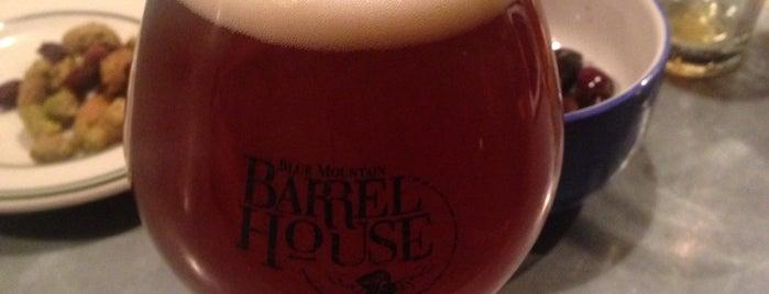 Alphabet City Beer Co. is one of Gespeicherte Orte von Brian.