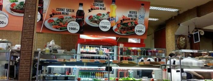 Star Kebab Török Étterem is one of Chemegeさんのお気に入りスポット.
