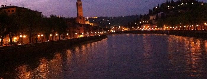Ponte Nuovo is one of สถานที่ที่ Bandder ถูกใจ.