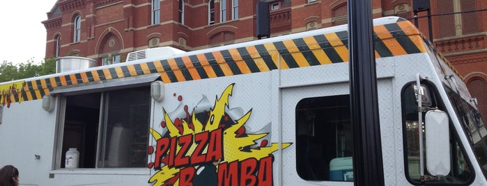Pizza Bomba is one of Matt: сохраненные места.