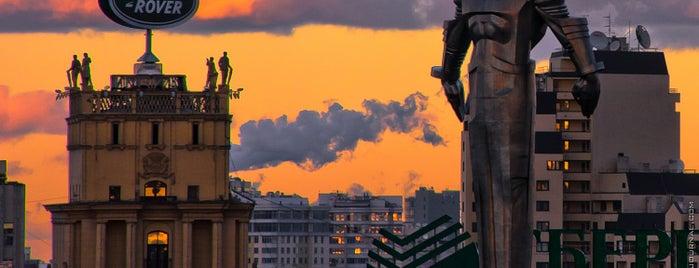 Площадь Гагарина is one of Future sites.