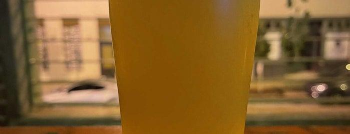 Halfway Crooks Beer is one of Posti salvati di Rachel.