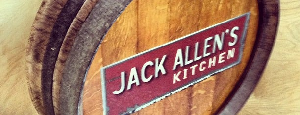 Jack Allen's Kitchen is one of Tempat yang Disukai Mark.