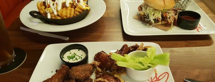 Guy Fieri's Kitchen is one of Posti che sono piaciuti a Heba.