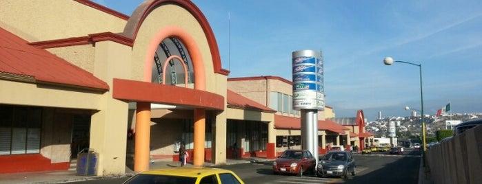 Terminal de Autobuses de Querétaro (TAQ) is one of Locais curtidos por Analucia.