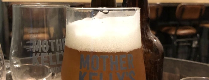 Mother Kelly's Bottle Shop And Tap Room is one of London's Best for Beer.