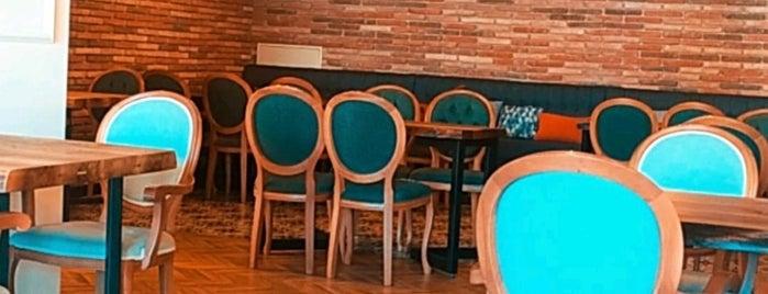 Ala Restaurant is one of Merve'nin Beğendiği Mekanlar.