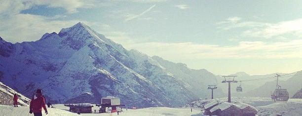 Alagna Valsesia is one of Dove sciare.