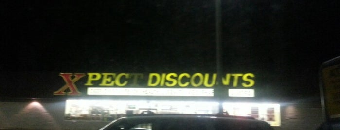 Xpect Discounts Grocery Store is one of Locais curtidos por Lindsaye.