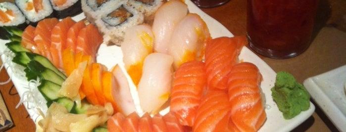 Pe'ahi Sushi Bar is one of Lieux qui ont plu à Katy.