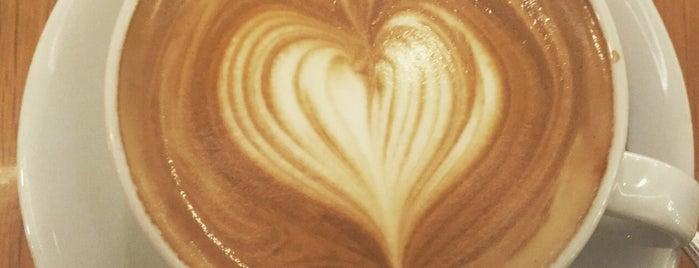 Robert's Coffee is one of Mustafa'nın Beğendiği Mekanlar.