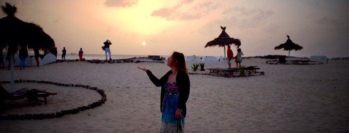 Morabeza beach & lounge restaurant is one of Orte, die Laura gefallen.
