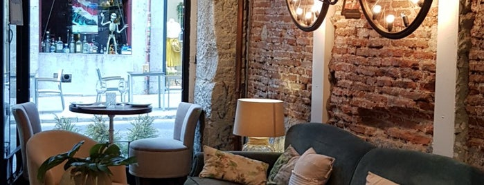 La Jefa | Home Bar is one of Madrid.
