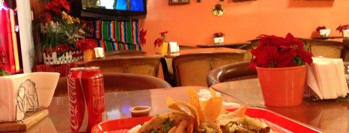 Tacos Manzanos is one of สถานที่ที่ al ถูกใจ.