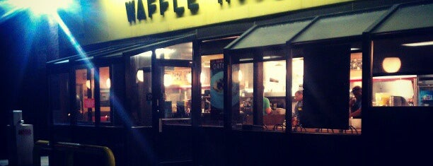 Waffle House is one of Justin 님이 좋아한 장소.