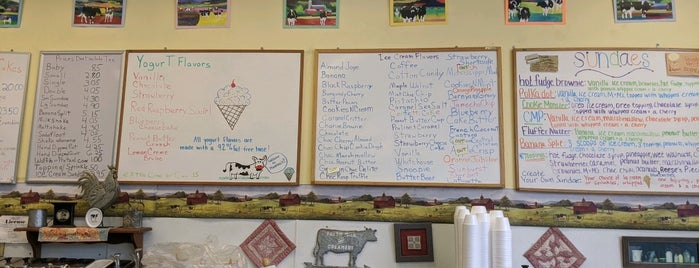 Manning's Farm Dairy is one of Gさんの保存済みスポット.