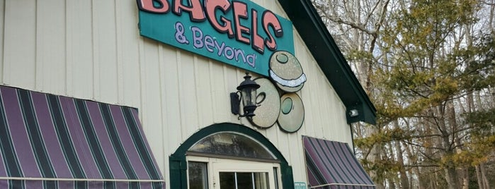 Bagels & Beyond is one of Posti salvati di Lizzie.