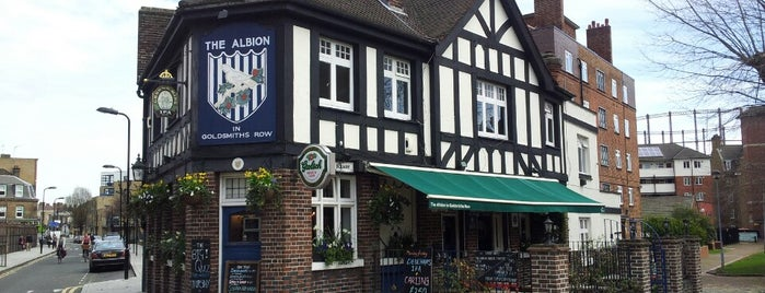 The Albion is one of Tempat yang Disimpan Kurt.