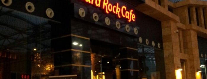 Hard Rock Cafe Sentosa is one of Singapur.