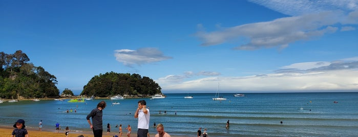 Kaiteriteri is one of NZ to go.
