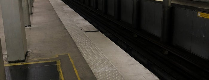 Métro Porte d'Orléans [4] is one of Went before.