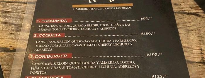 La Glamurosa is one of Locais curtidos por Sergio M. 🇲🇽🇧🇷🇱🇷.