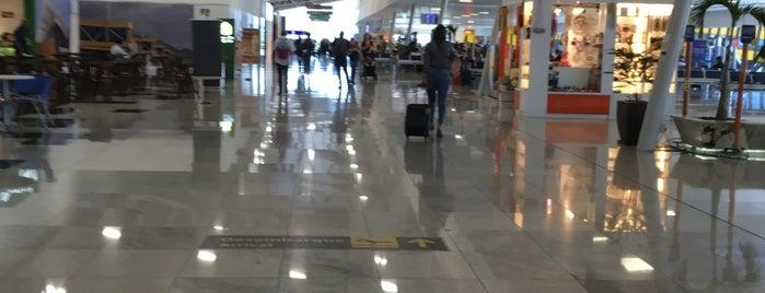 Aeroporto de Vitória / Eurico de Aguiar Salles (VIX) is one of Airports.