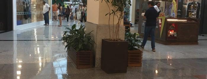 Via Café Garden Shopping is one of Lugares favoritos de Luiz.