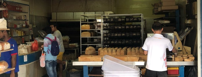 Sing Hon Loong Bakery is one of Singapore To Try.