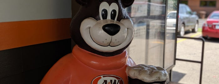 A&W Restaurant is one of Eat / MN.