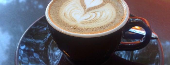 Groundswell Coffee Roasters is one of Orte, die Andrew gefallen.