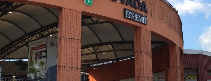 Novada Edremit is one of สถานที่ที่ Cenk ถูกใจ.