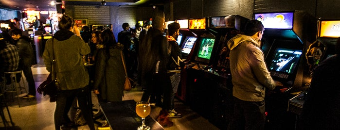 Barcade is one of NYC Bars with Games.