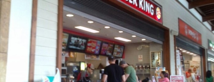 Burger King is one of Locais curtidos por BuRcak.