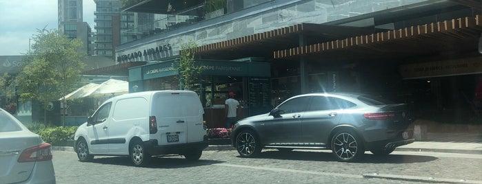 Mercado Andares is one of Tempat yang Disukai Nora.